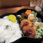 松風 - この店はこのビルで会議がある時はよくお弁当を提供されるのでお弁当は立派な瓢箪型の容器に入って提供されました。