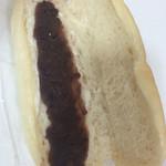 パンと、惣菜と、珈琲と。 パブリックベーカリー - あんバタコッペパン
