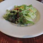 ラ・コモディタ - ランチのサラダ