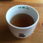 そば処岩戸開 - そば茶です