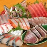 新鮮なものばかり集めた『刺身盛り大(3~4人前用)(今日の鮮魚で)』