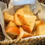 リセラ リナーシェ - 日替りパスタランチコース(チーズフォンデュのパン)