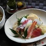 四季彩 鮨楽 - 海鮮丼・うどんランチ ¥1050