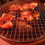 炭火焼肉 仁 - タン塩