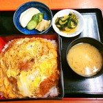 楓庵 - カツ丼(上)