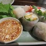タイの食卓 オールドタイランド 新橋店 - 生春巻。