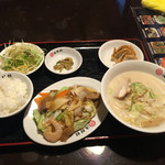 本場台湾料理海鮮館 - 料理写真: