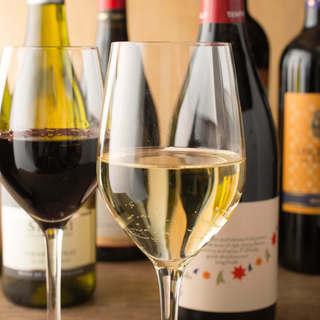 お好みのワインはスタッフに!