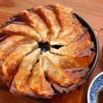 九州料理 とっとっと - 博多鉄鍋餃子