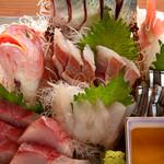 九州料理 とっとっと - おまかせ九州鮮魚刺身盛合せ