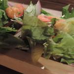 肉酒場 ブラチョーラ - ランチのサラダ
