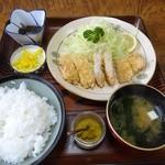 とんかつ太郎 - Aランチ600円