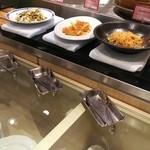 エトワール - 春雨と野菜の和え物、クラゲと大根の甘酢(ディナー限定)、イカと高菜、ザーサイの和え物