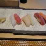 鮨棗 - 鮪2種、帆立 エビ サーモン ひらめエンガワ