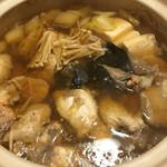 鮨 さるたひこ - あんこう鍋の煮えたところ