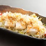 揚げ湯葉と豆腐のじゃこサラダ