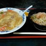 作平 - 料理写真:「中華丼おろしセット」