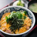 とり平 - 【榛名地鶏】 親子丼もおすすめのお料理♪