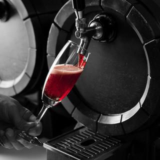 リンコット - ドリンク写真:樽生スパークリングワイン
