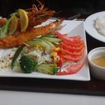 レストラン ユっぴー - 海老フライ+ライス(セットではない)