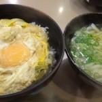 まことうどん - 玉子丼・ミニうどんセット(630円)・・ご飯は少なくしていただきました。