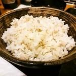 牛カツのタケル - 麦飯