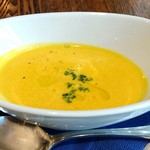 BISTRO FAVORI - カボチャのスープ