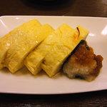 磯料理 まるけい - おばんざいの皿からエシャロットと出汁巻を選択