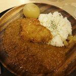 ブルックスカレー食堂 - 熟成ヒレカツとまるごと札幌黄のカレー