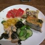 バルケッタ - 前菜ビュッフェ