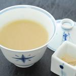 華屋 - 下仁田ネギのスープ