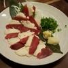 Okinawawagan - 料理写真:馬刺 二点盛り(赤身とたてがみ)