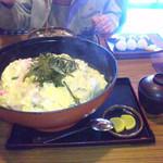 さの屋 - ジャンボ親子丼