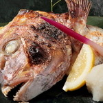 ウオサンジ - 鯛一郎クンのカマ塩焼き