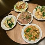 矢場CHINA - 矢場CHINA(愛知県名古屋市中区大須)前菜の盛り合せ980円