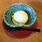 大松庵 - メイちゃんのアイスクリン