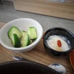 かかん - 副菜が少ないのが玉に瑕