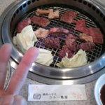 ニュー亀屋 - 料理写真:焼き肉中