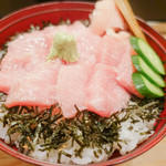 鮨 膳屋 - 料理写真:生本鮪トロ丼2500円