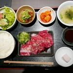 48239376 - カルビ定食(1280円:税別)
