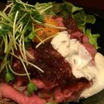 ビーフボウル - ローストビーフ丼肉大盛り