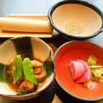 平田牧場 極 - 2016.2:まずは三元豚角煮、赤蕪漬物