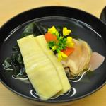 菜のはな - 料理写真:筍と新ワカメのお椀