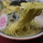 やじ満 - 冬季限定「五目そば」麺UP