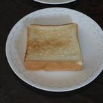 高級「生」食パン 乃が美 - 食パンをちょっと焼いてみました