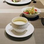 Bois des  Fee's - スープとサラダ