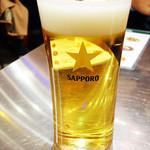 墨国回転鶏料理 - ビールはサッポロ (・o・)