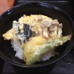 うどん満月 - 野菜天丼♪