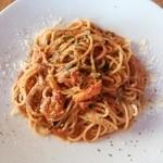 イタリアンダイニングカフェ チィーボ - パスタ*紅ずわいがにとほうれん草のトマトクリーム