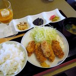 48267811 - カキフライ定食